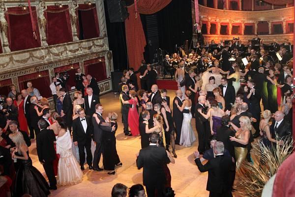 ples-v-opere-brno-mahenovo-divadlo-43_denik-600