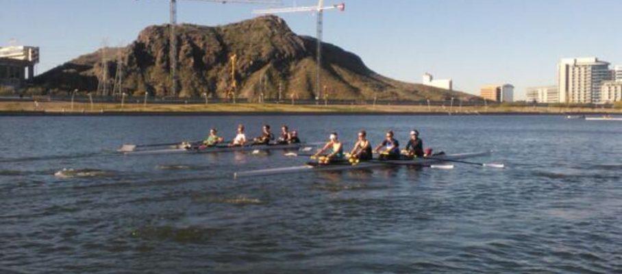 Rowing_on_Tempe_Town_Lake_500_375.jpg