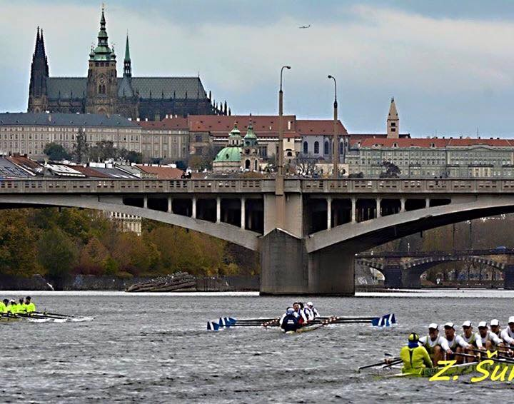 rowing boats racing in Prague